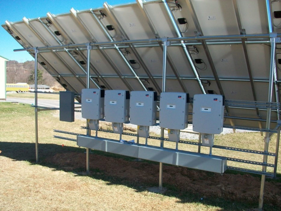 Willow-Brook-Farms-inverters-on-one-sub-array.jpg