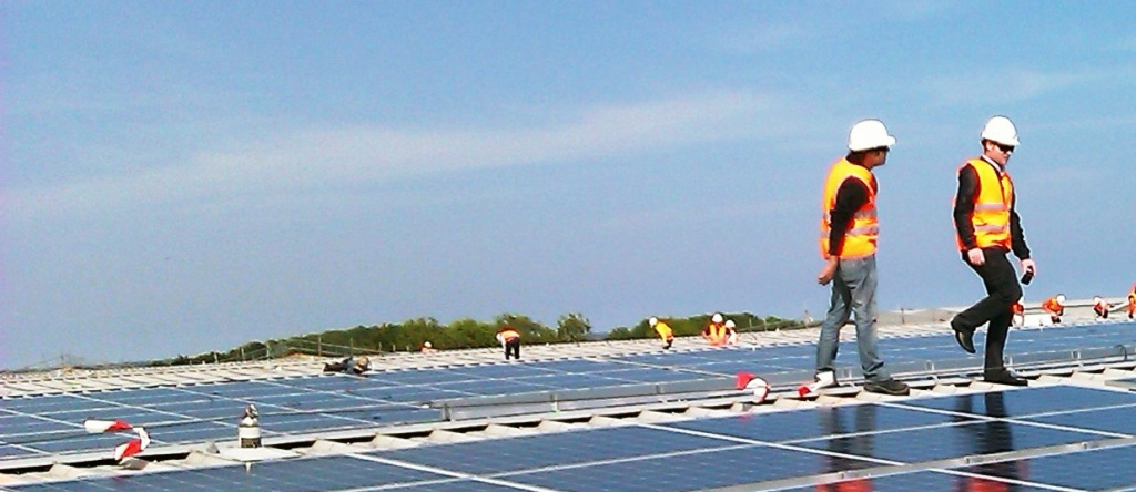 solar-array-promens-rooftop-site-beccle1s-3.jpg